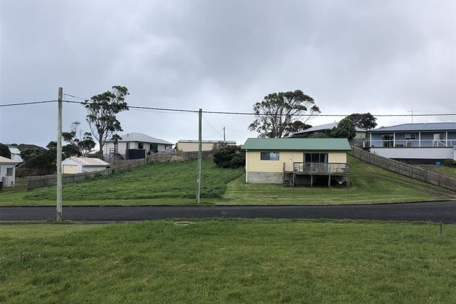 Picture of 11-13 Ross Ave, CURRIE TAS 7256