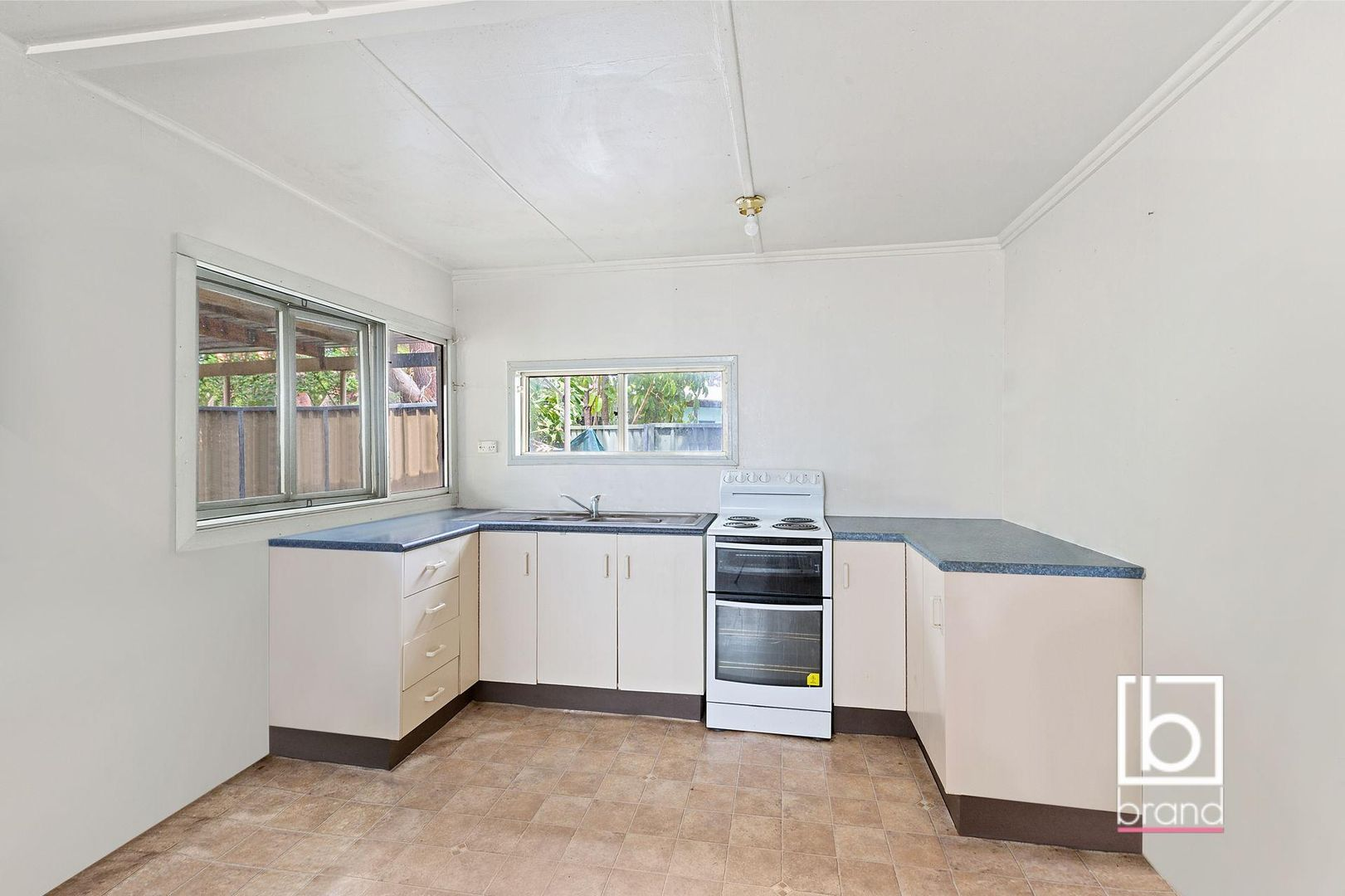 105 Buff Point Avenue, Buff Point NSW 2262, Image 2
