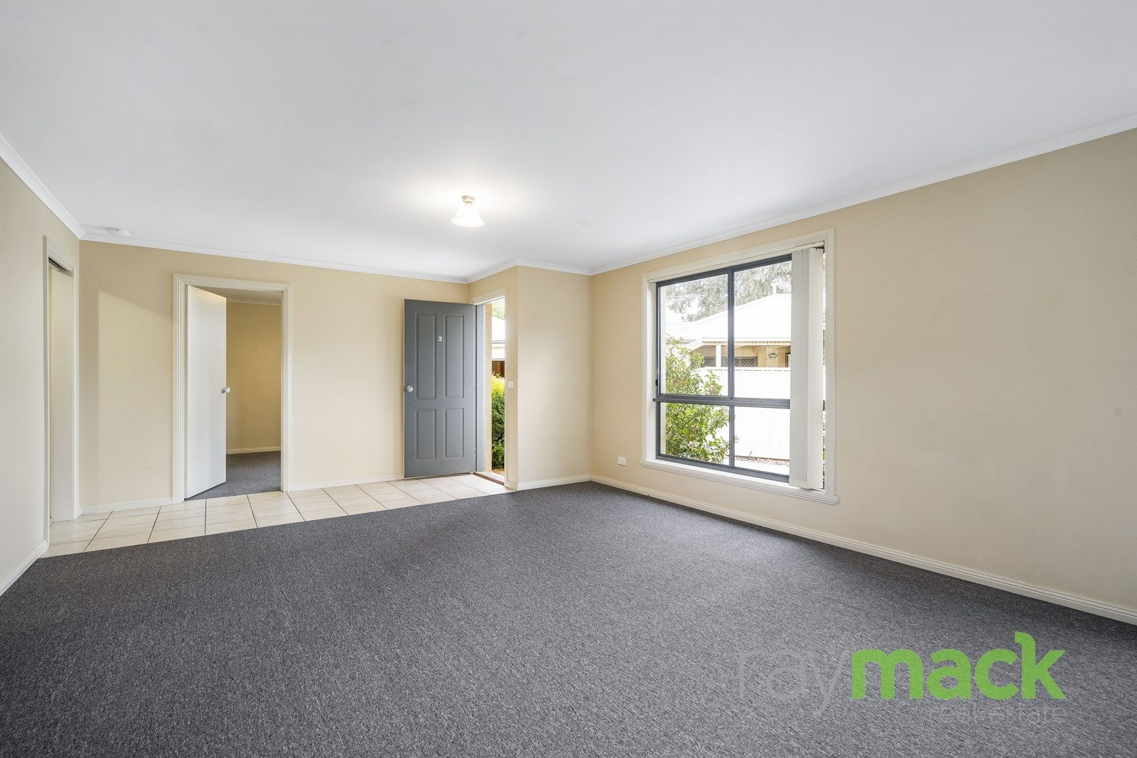 3/25 Tallowwood Street, Thurgoona NSW 2640, Image 2