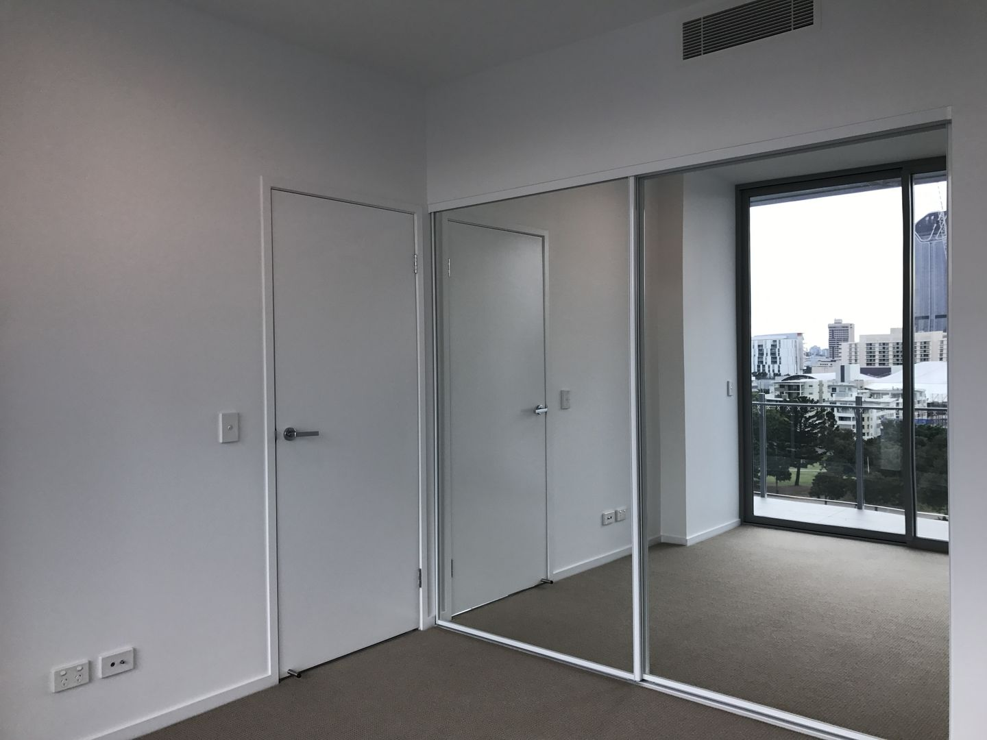 702/32 Russell Street, South Brisbane QLD 4101, Image 1