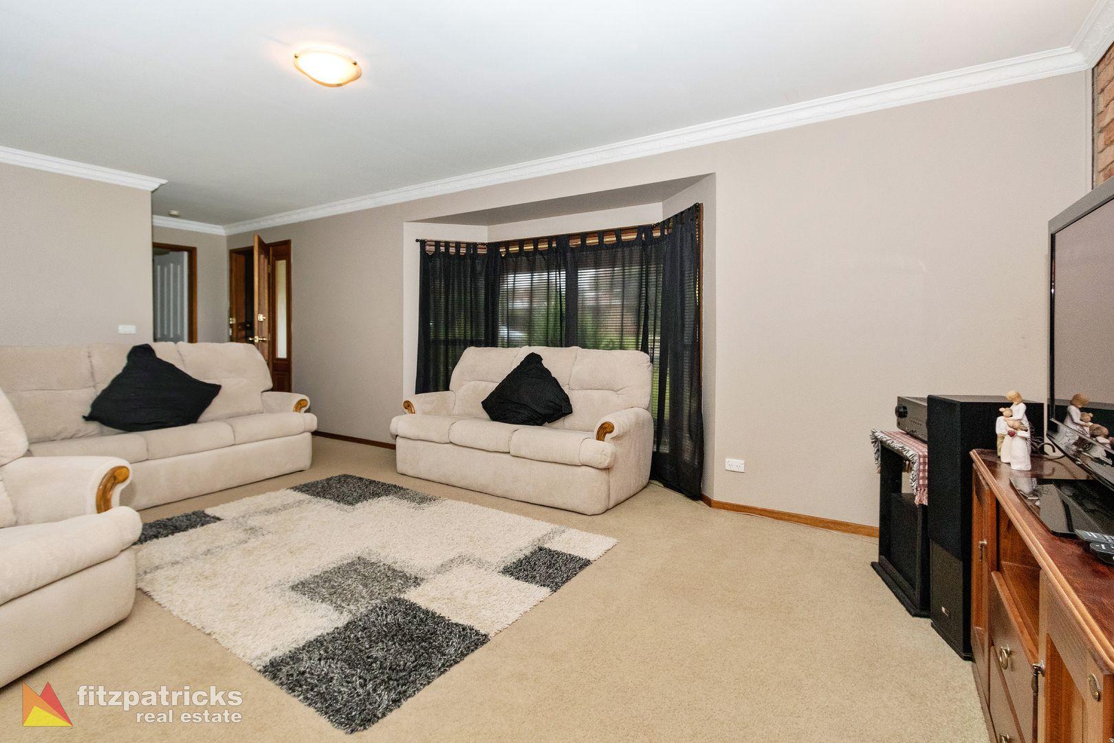2 Azalea Place, Lake Albert NSW 2650, Image 1
