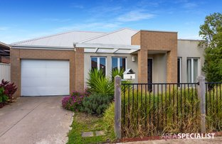 Picture of 3 Hawksbury Green, Caroline Springs VIC 3023