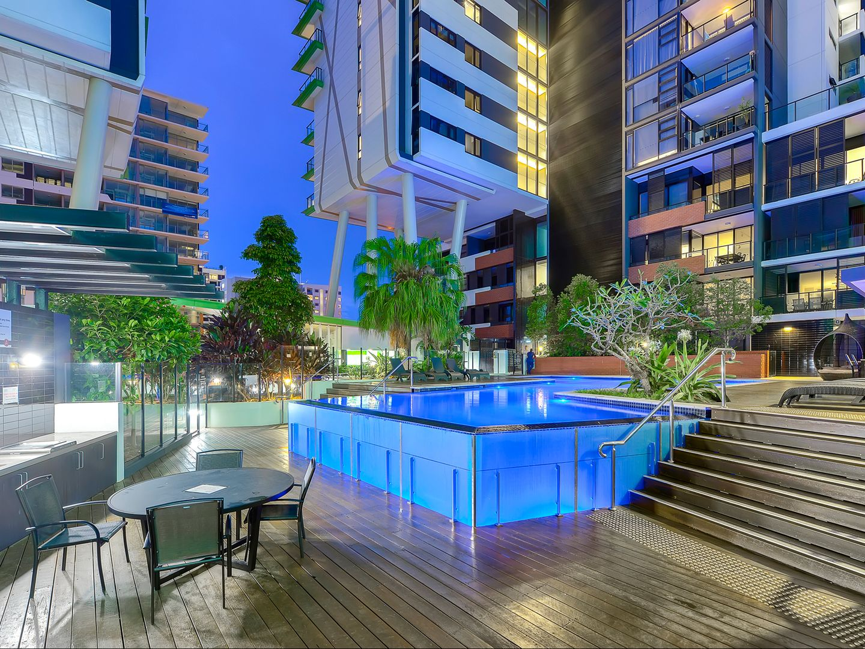 1068/9 Edmondstone Street, South Brisbane QLD 4101, Image 0