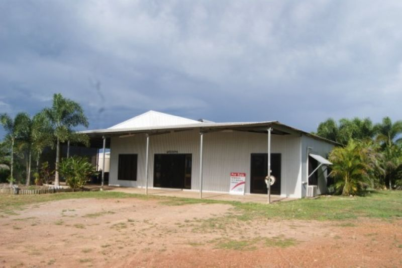 15 Mulgara Road, Berry Springs NT 0838, Image 2