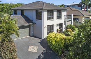Picture of 10 Lindeman Place, Redland Bay QLD 4165
