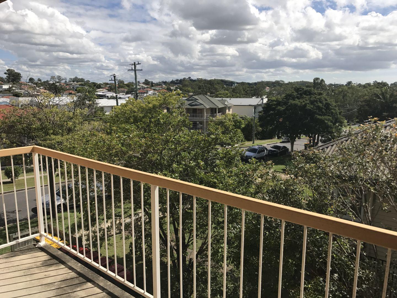 4/11 Sankey Street, Carina QLD 4152, Image 1