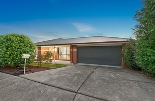 Picture of 22 Brookfield  Court, Berwick VIC 3806