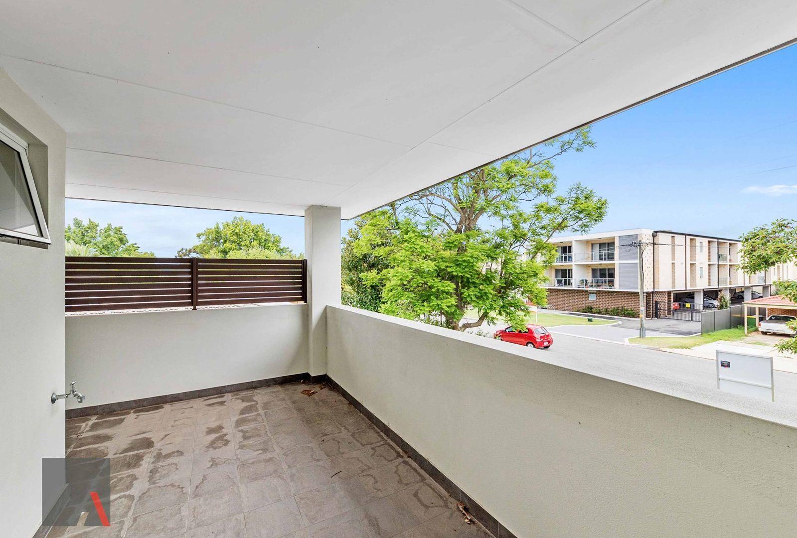 5/4 Central Terrace, Beckenham WA 6107, Image 1