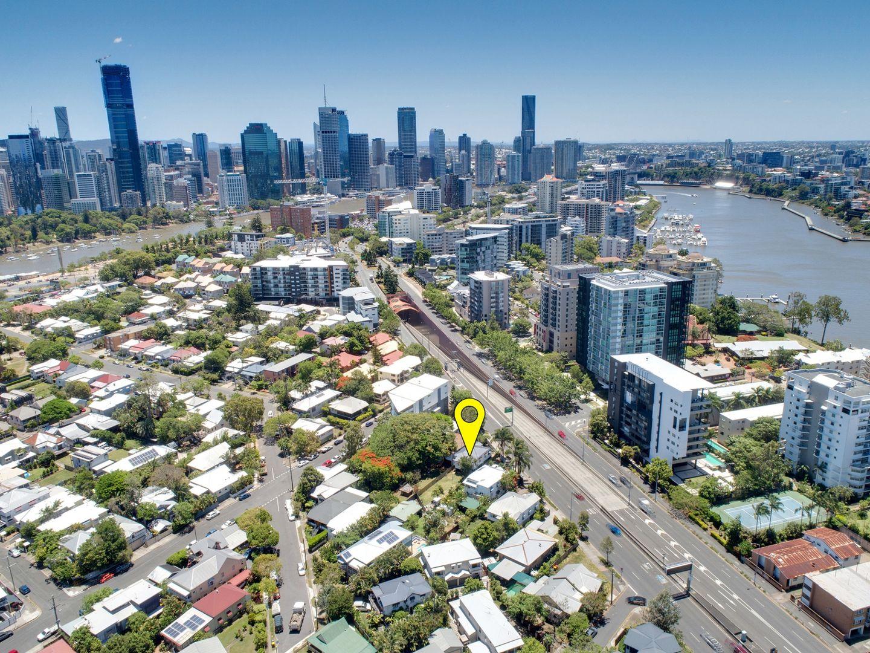 193 Shaftson Avenue, Kangaroo Point QLD 4169, Image 0