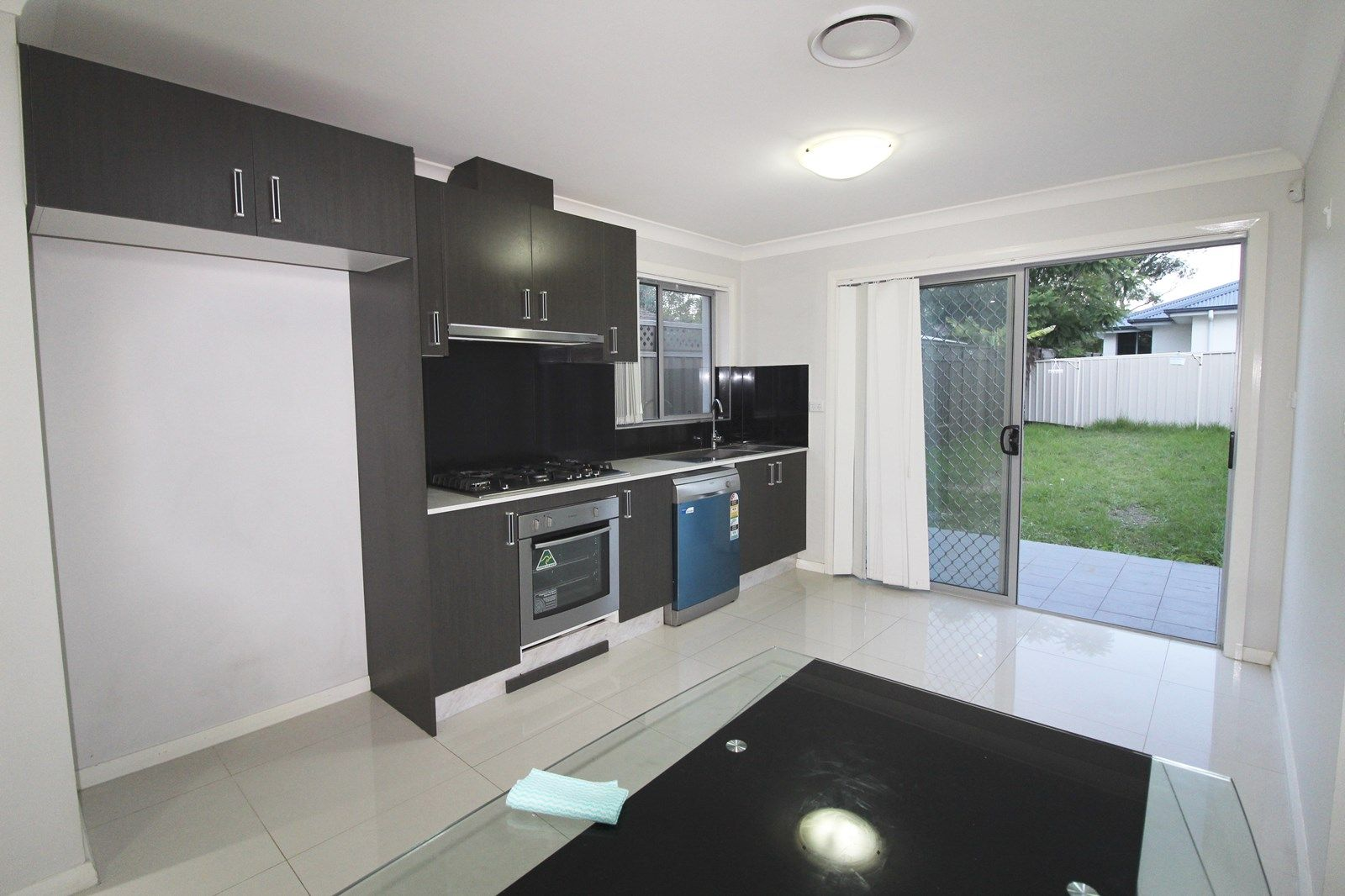 91 Tallagandra Drive, Quakers Hill NSW 2763, Image 2
