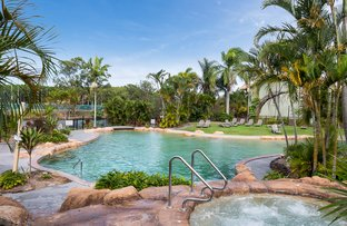 200/215 Cottesloe Drive, Mermaid Waters QLD 4218