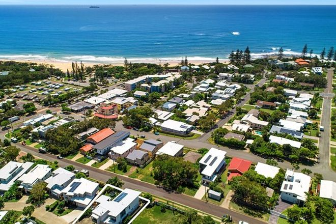 Picture of 9 Dicky Beach Close, DICKY BEACH QLD 4551