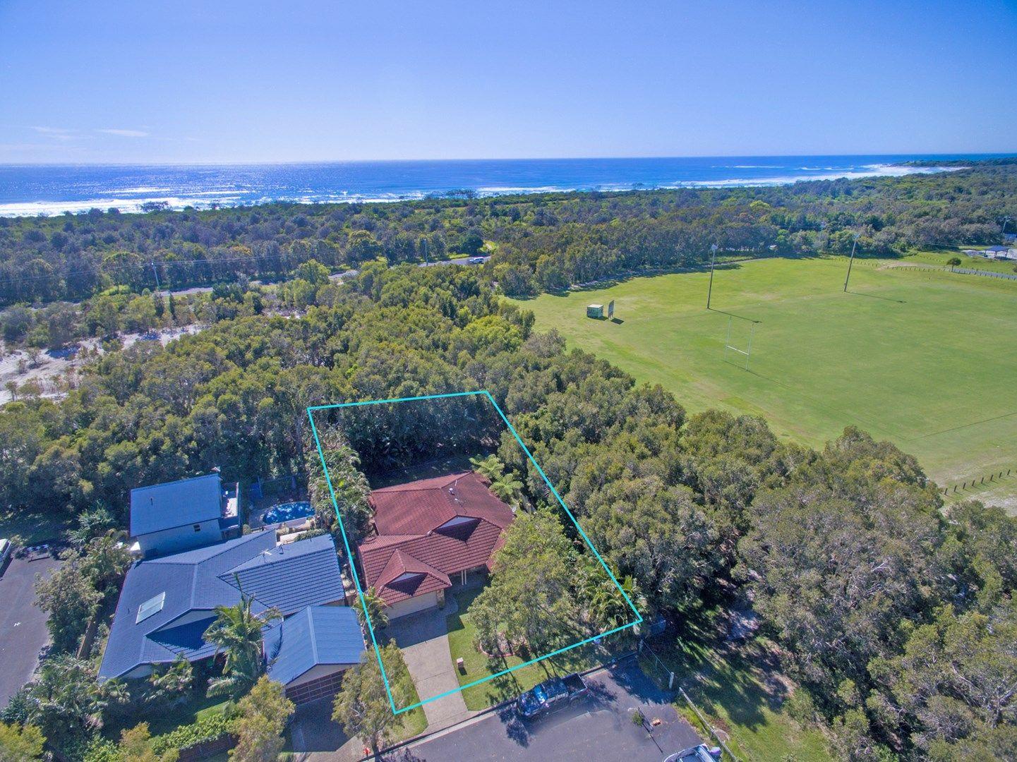 11 Forest Oak Crescent, Cabarita Beach NSW 2488, Image 0
