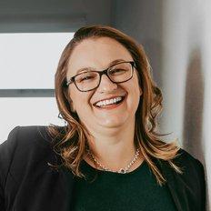 Melanie Sommers, Associate Agent