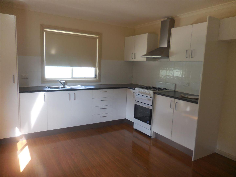 12a Adelaide Lane, Blayney NSW 2799, Image 2