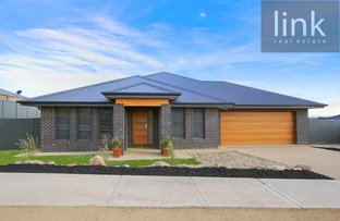 32 Stirling Way, Thurgoona NSW 2640