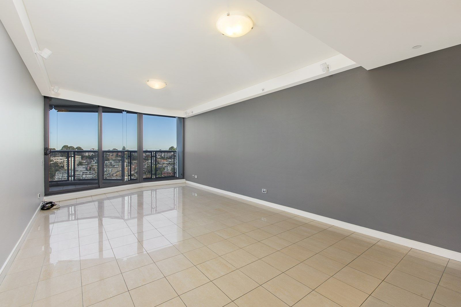 1401/30 Glen  Street, Milsons Point NSW 2061, Image 2