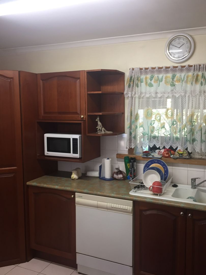 72 Ward Street, Southport QLD 4215, Image 2