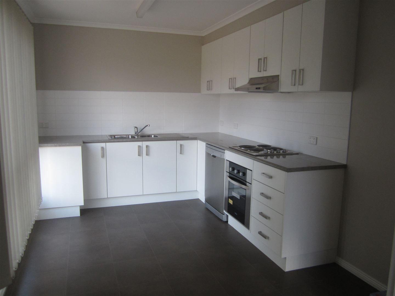 13/25 Clifton Place, Cobar NSW 2835, Image 1