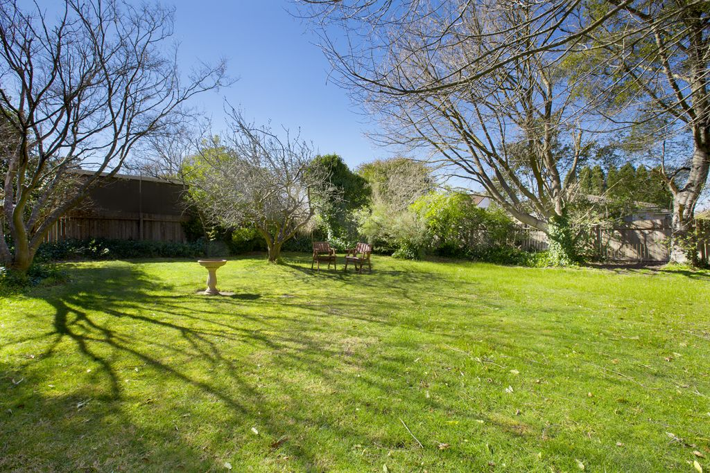 18 Annesley Avenue, Bowral NSW 2576, Image 1