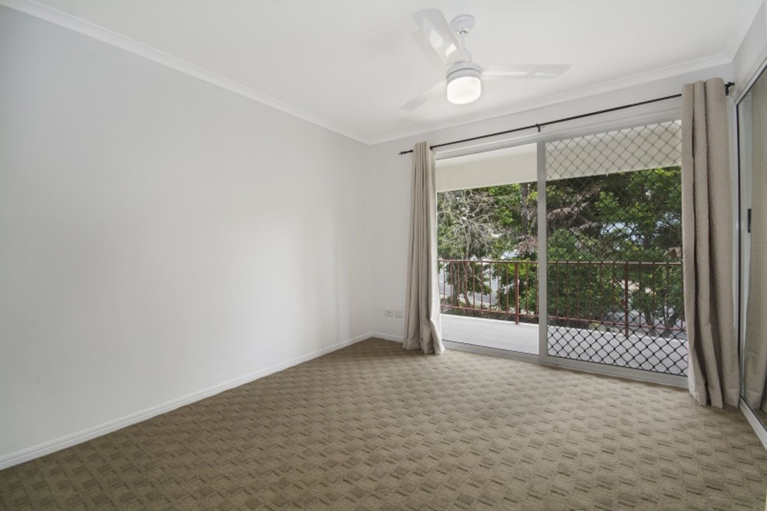 8/1 Coolum Terrace, Coolum Beach QLD 4573, Image 2