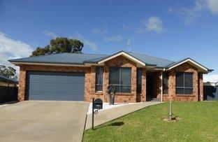 Picture of 11 Mossgiel Close, Parkes NSW 2870