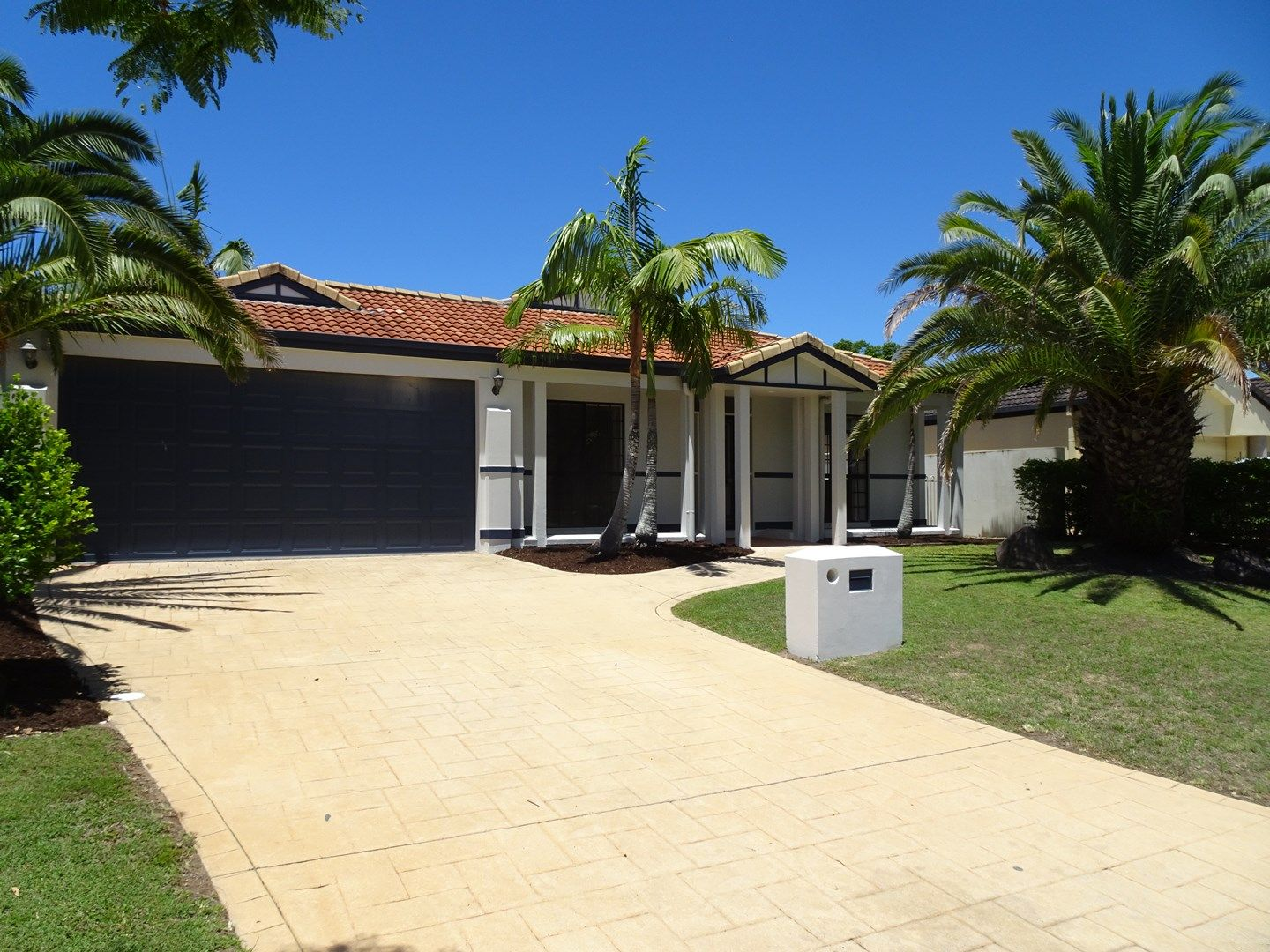 8 Oyster Cove Promenade, Helensvale QLD 4212, Image 0