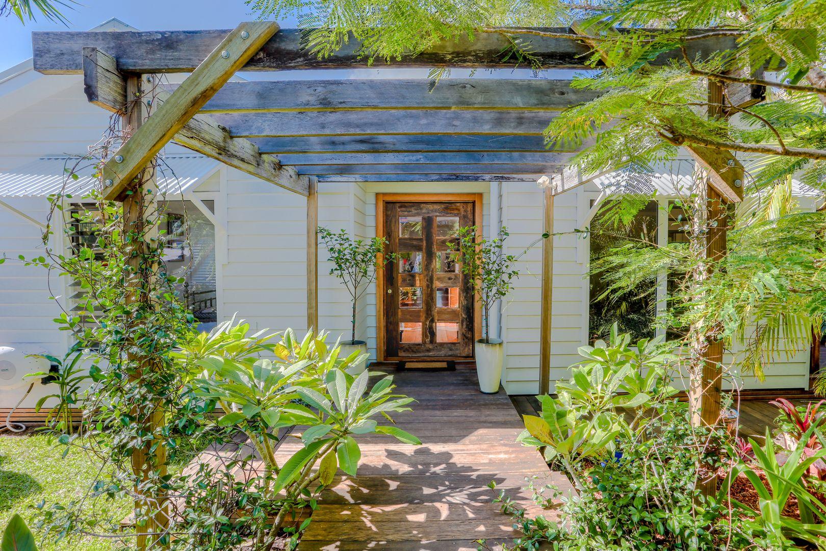 6 Belfa Place, Noosa Heads QLD 4567, Image 0