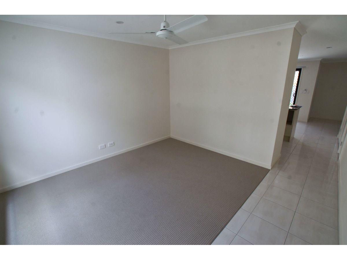 2/12 Panda Street, Dakabin QLD 4503, Image 2