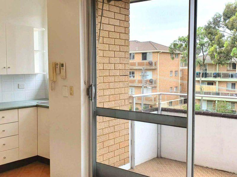 9/6-10 Oriental Street, Bexley NSW 2207, Image 2