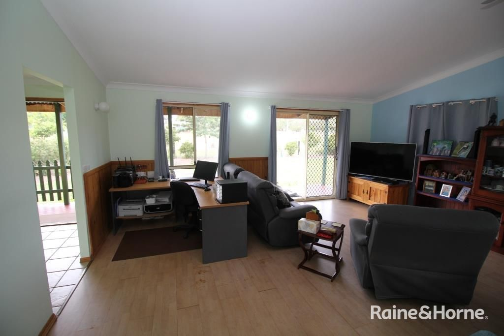 158 Brocklehurst Road, Wattle Camp QLD 4615, Image 2