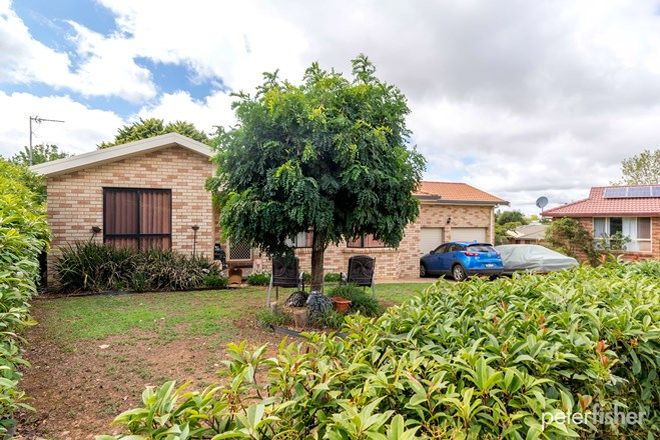 Picture of 7 Betts Place, ORANGE NSW 2800