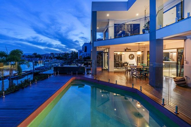 Picture of 2311 Belmont Ct E, HOPE ISLAND QLD 4212