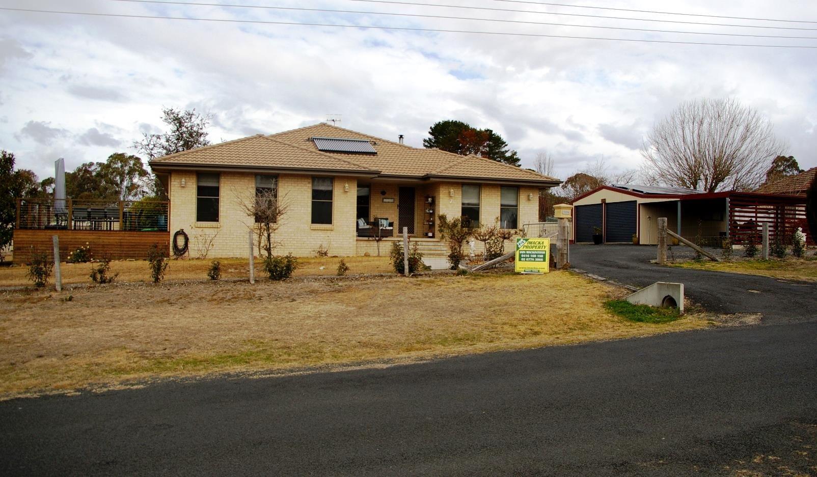 7 Leece Road, Uralla NSW 2358, Image 0