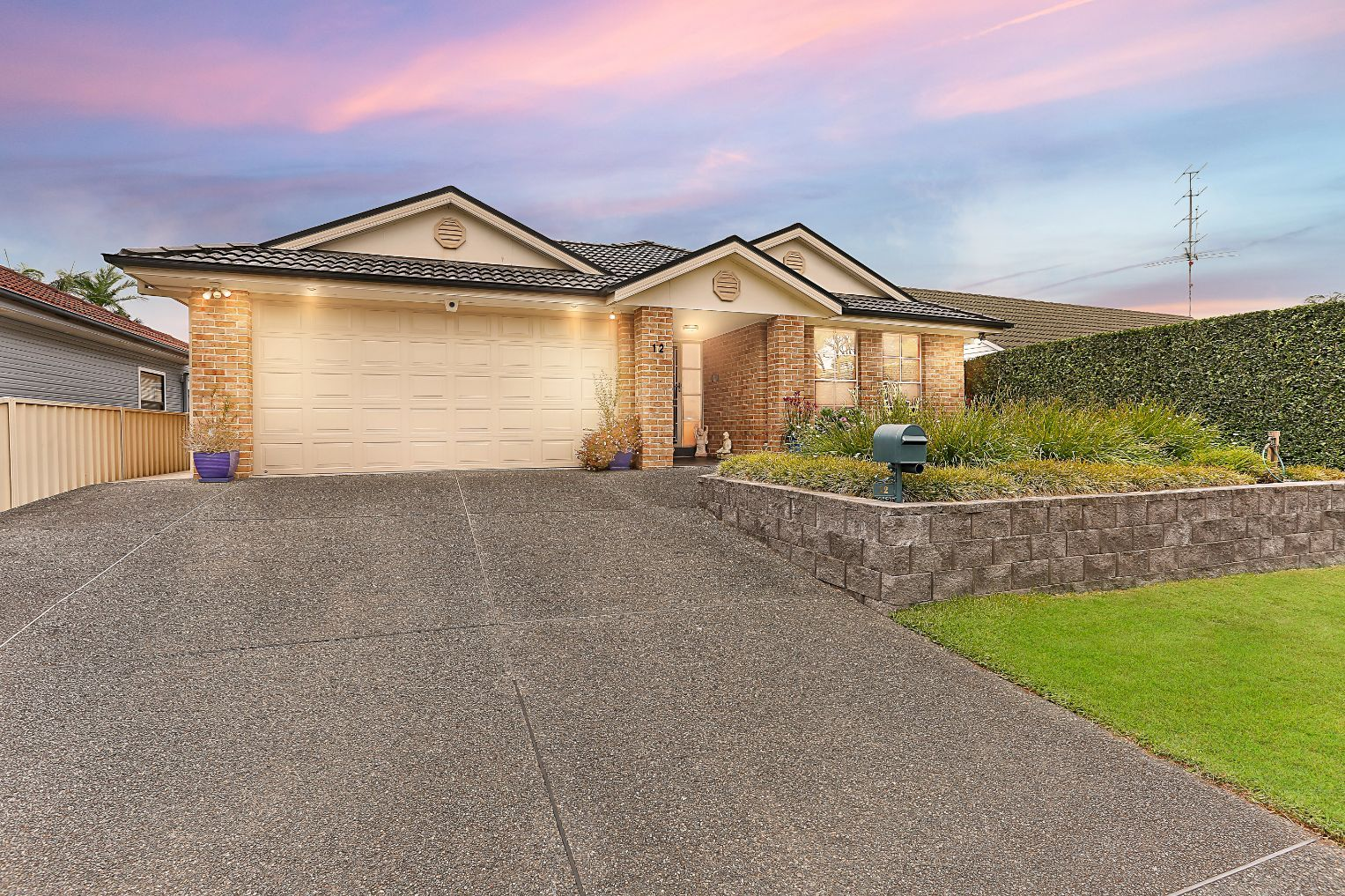 12 Haddon Crescent, Marks Point NSW 2280, Image 1