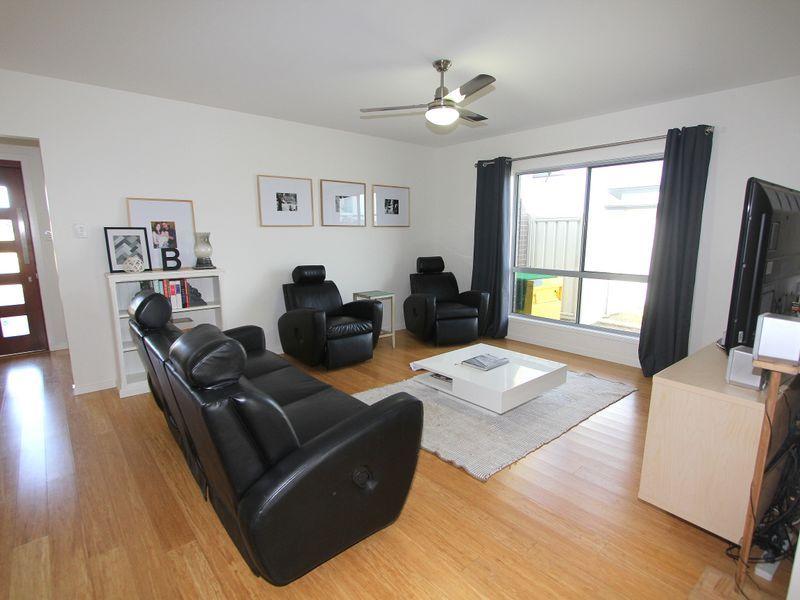 18 Maranda Street, Emerald QLD 4720, Image 2