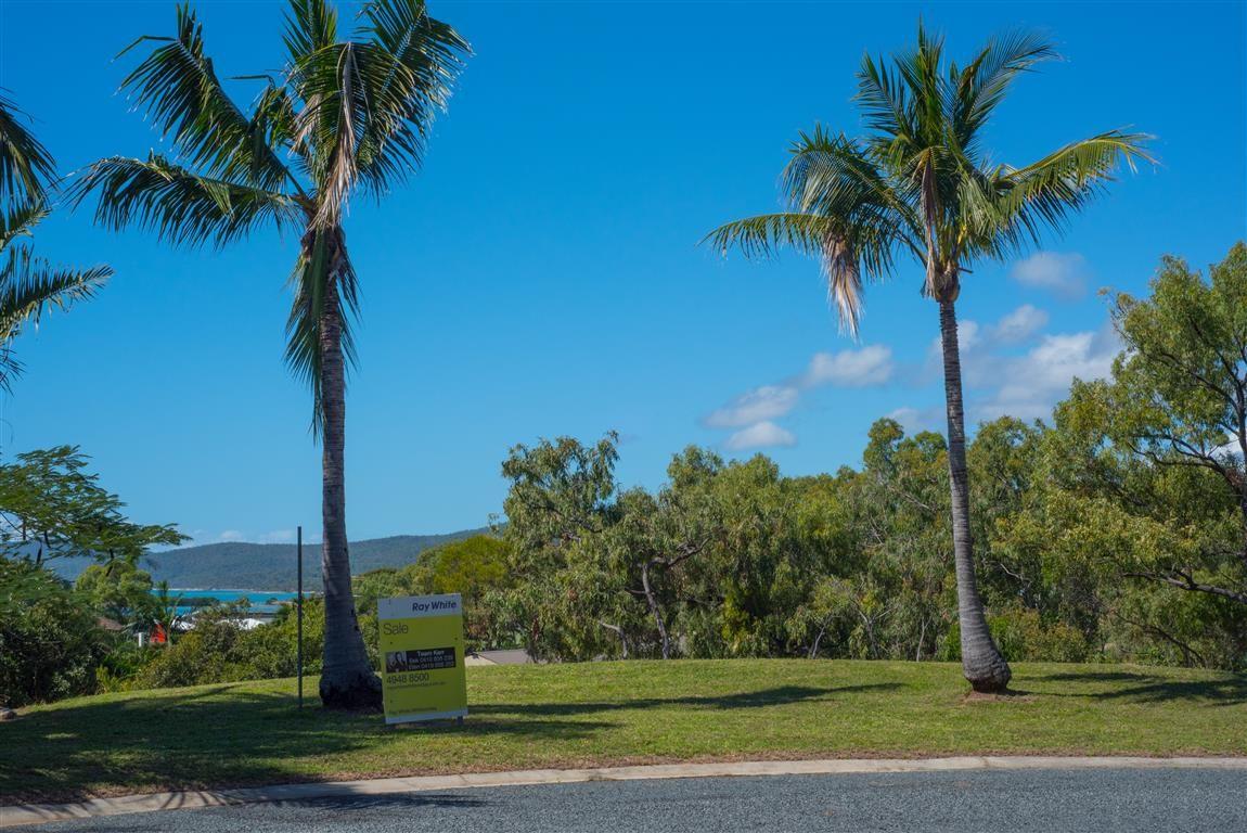 5 Rattray Avenue, Hideaway Bay QLD 4800, Image 1