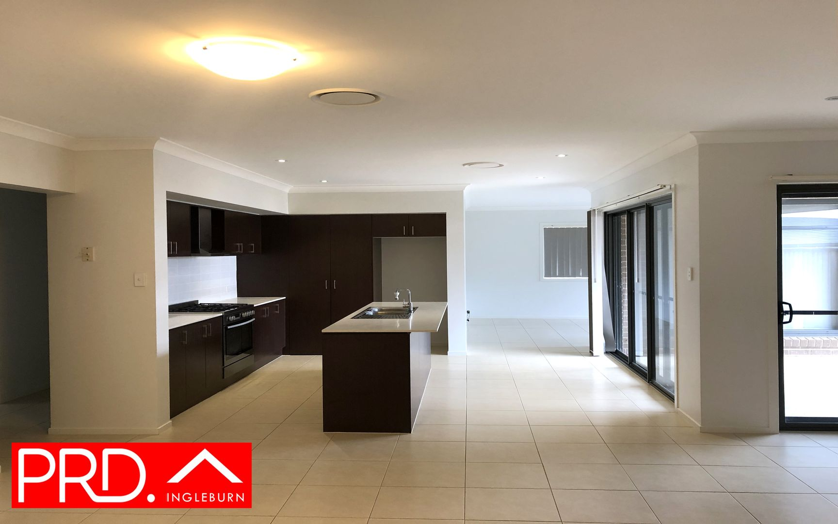 4 Kaputar Street, Minto NSW 2566, Image 1