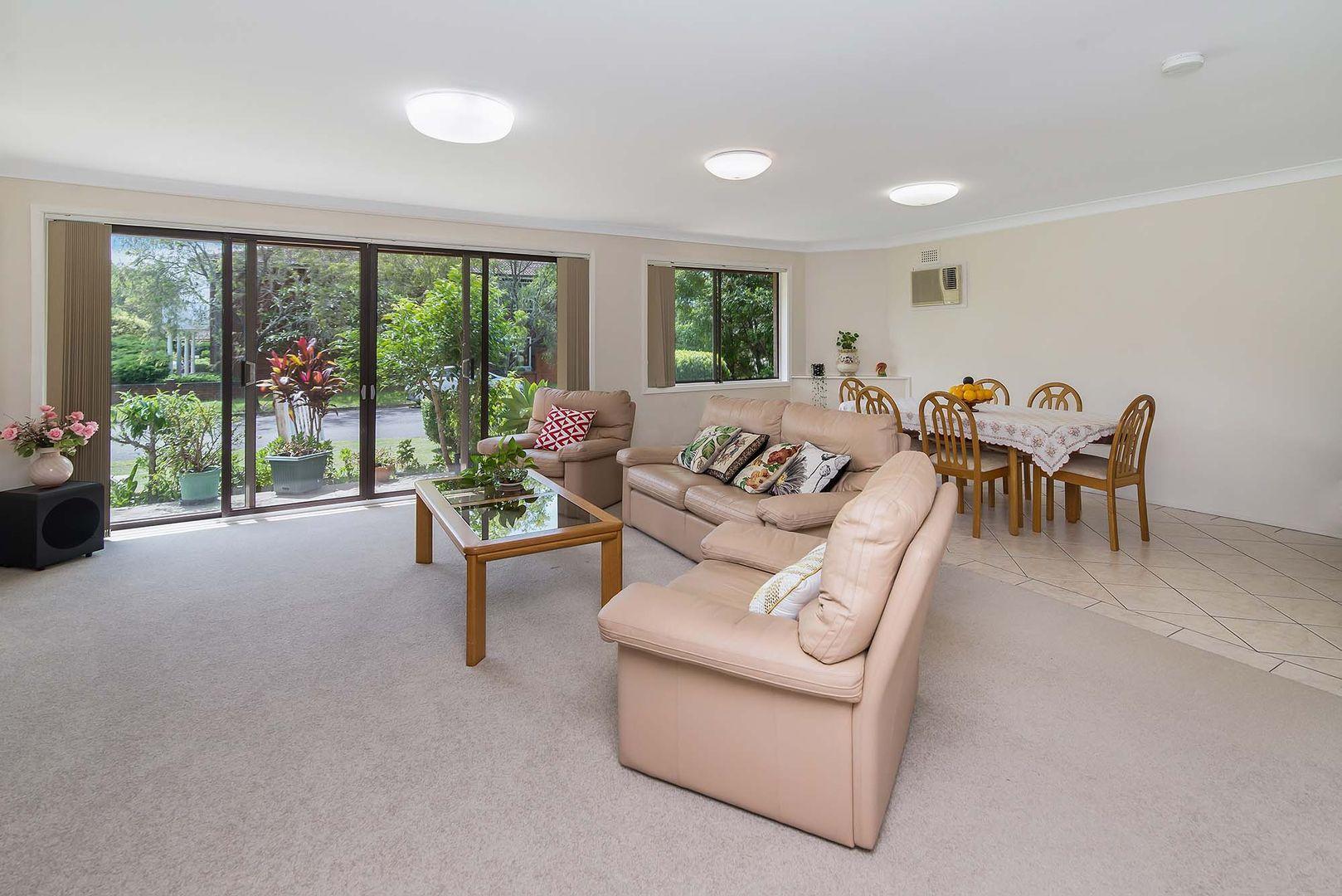 12 Uratta Street, West Gosford NSW 2250, Image 2