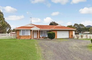 Picture of 5 Casey Crescent, Broadford VIC 3658