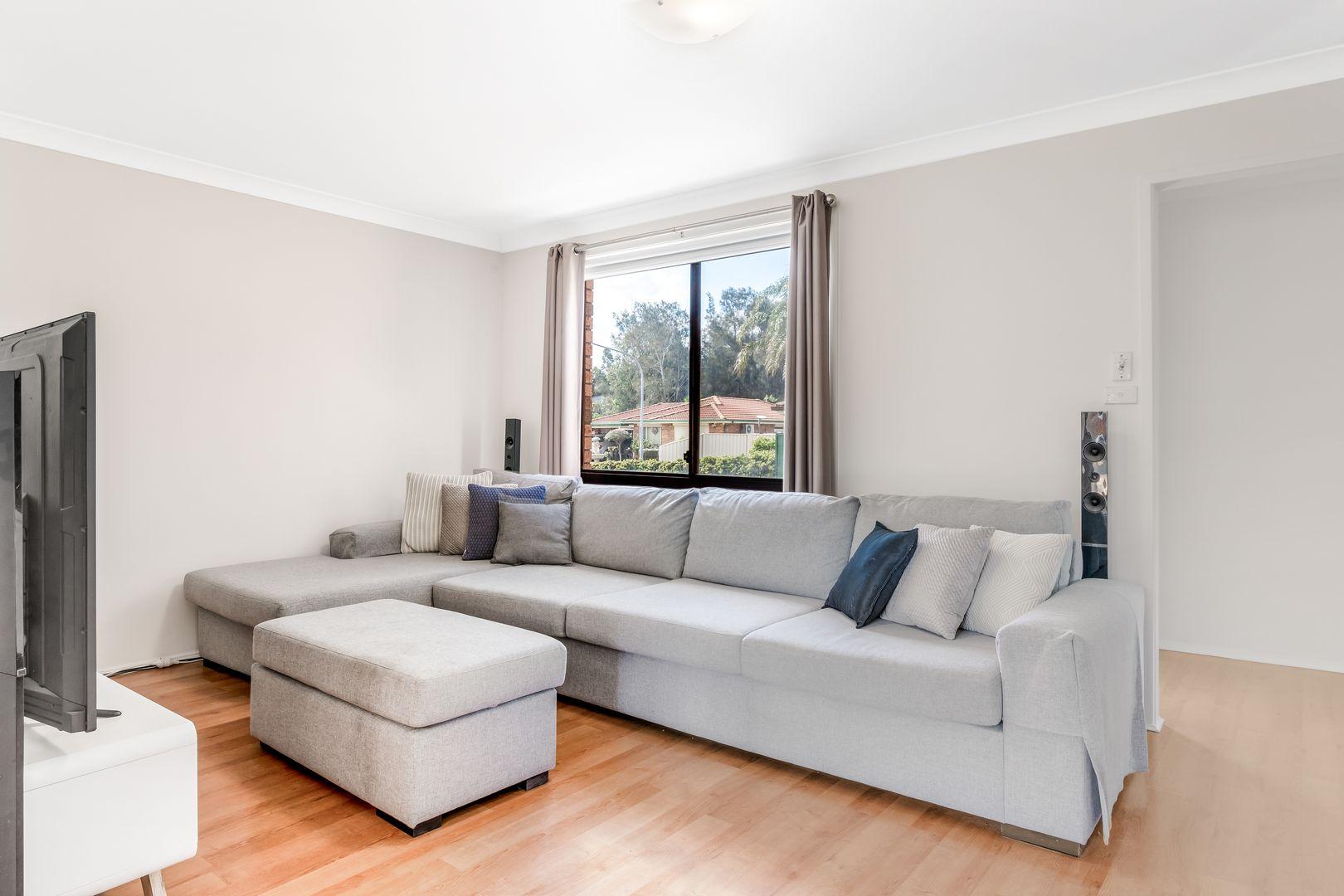 13 Murwillumbah Avenue, Hoxton Park NSW 2171, Image 1