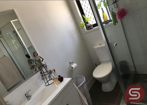 2/7 Gabrielle Ct, Kallangur QLD 4503, Image 1