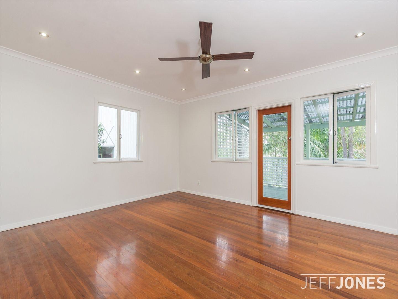 82 Nicholson Street, Greenslopes QLD 4120, Image 2