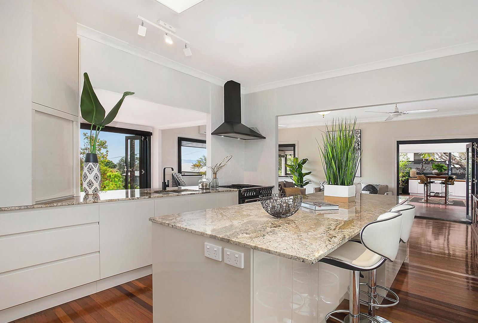 27 Queen Street, North Ward QLD 4810, Image 2