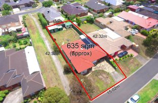 15 Anakie Walk, Delahey VIC 3037