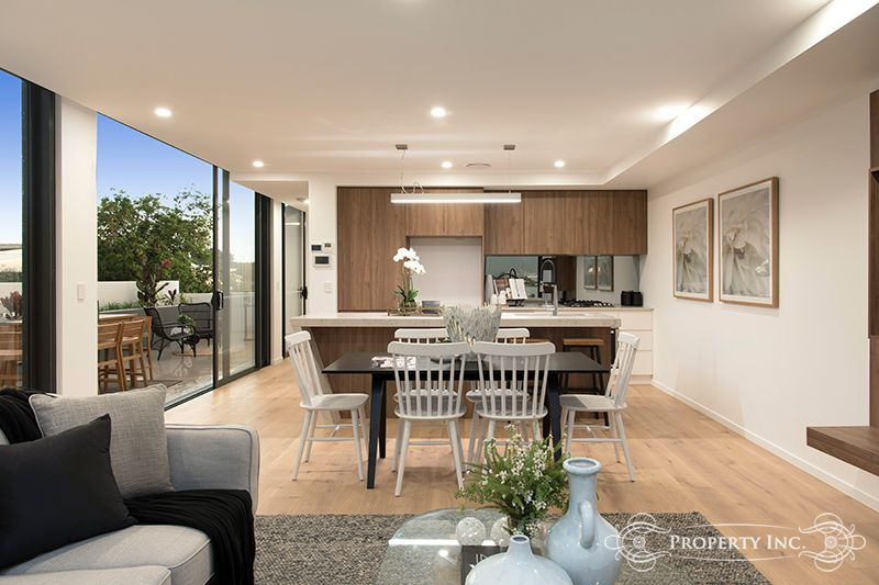 201/42 Clive Street, Annerley QLD 4103, Image 2