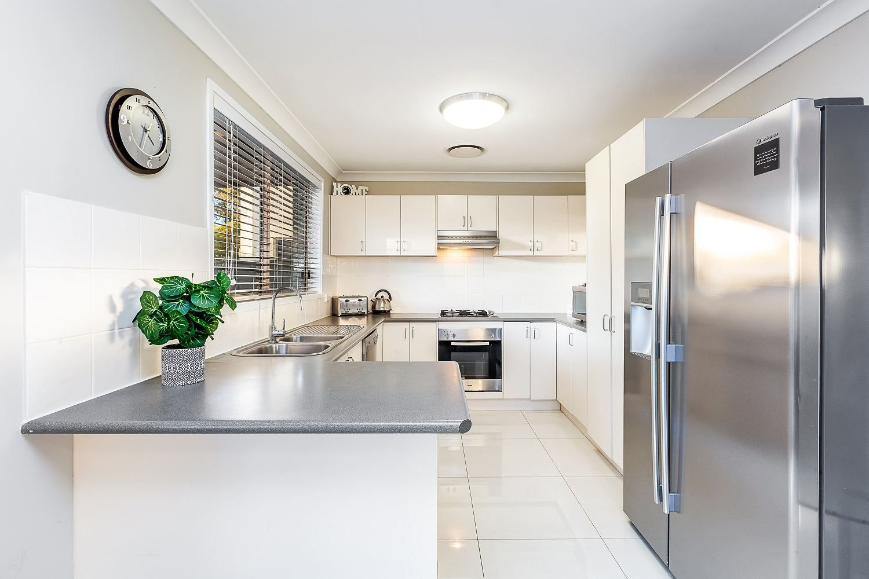 35 Yellowgum Avenue, Rouse Hill NSW 2155, Image 2